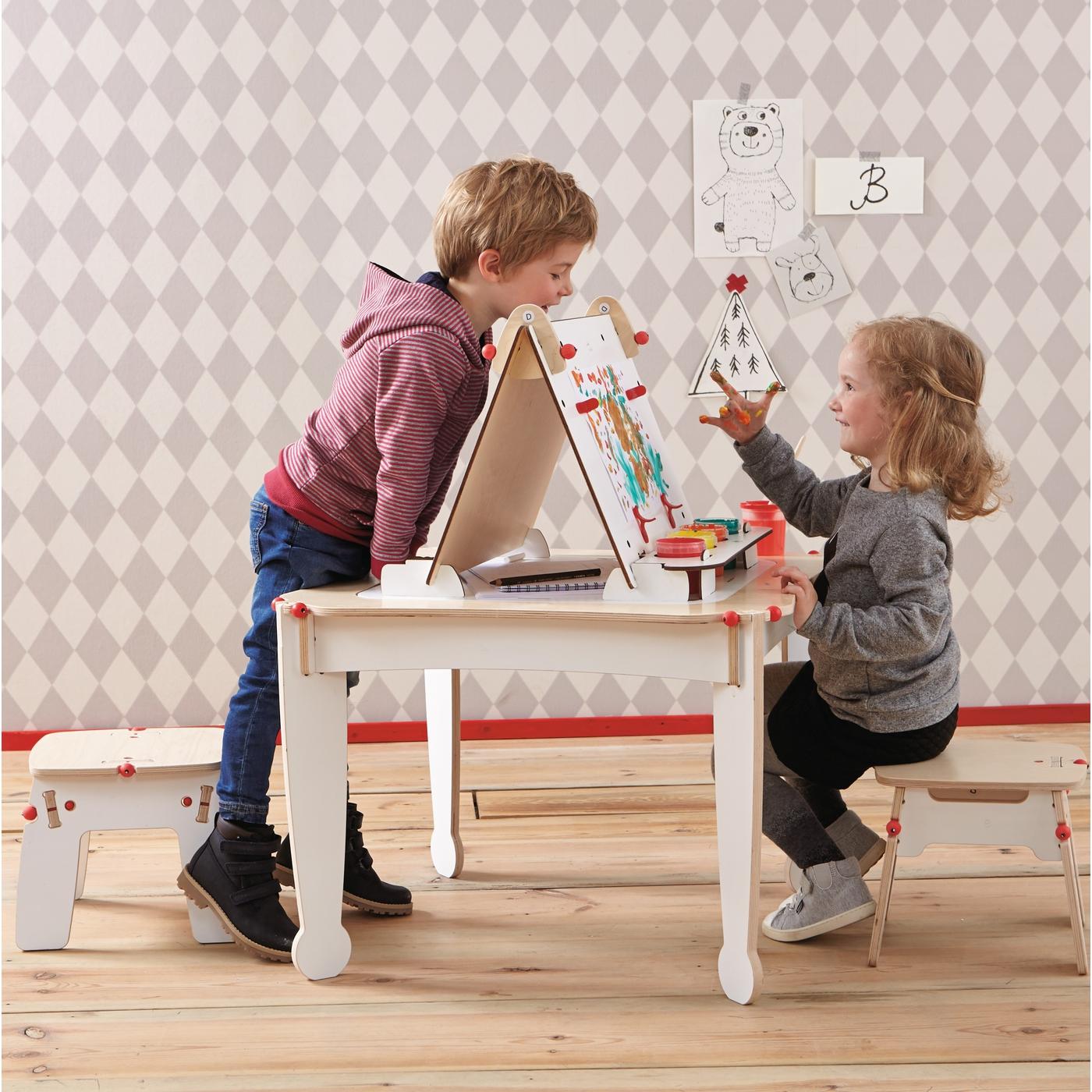 spiel und kreativtisch verlosung die fachseite f r. Black Bedroom Furniture Sets. Home Design Ideas